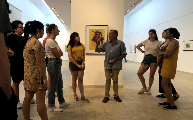 The curator of the Museo de BellasArtes (The Museum of Fine Arts) gives students a special tour. (Photo by Daniel Juarez)