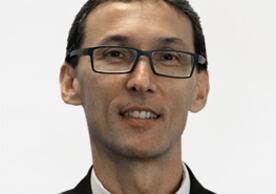 Professor Valmor Tricoli
